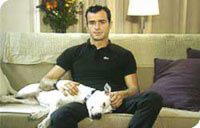 Actor Justin Theroux Speaks Out for Chained Dogs